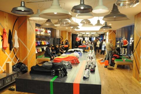 Http Store Nike Com Us En Us Pd Aptare Se Mens Shoe Pid  Pgid