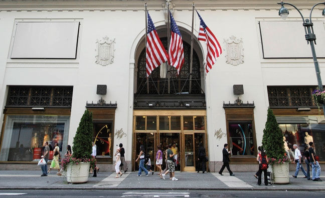 Oct 24,  · The Lord & Taylor building on Fifth Avenue in Manhattan was designed as a ,square-foot temple to commerce. Credit Credit Benjamin Norman for The New York Times .