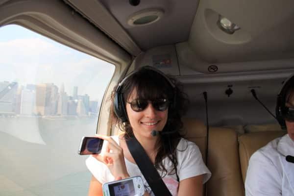 Émilie dans l'hélico au dessus de Manhattan - Juin 2011