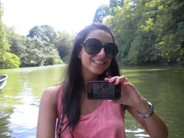 Amandine (& David) sur une barque à Central Park - Septembre 2011