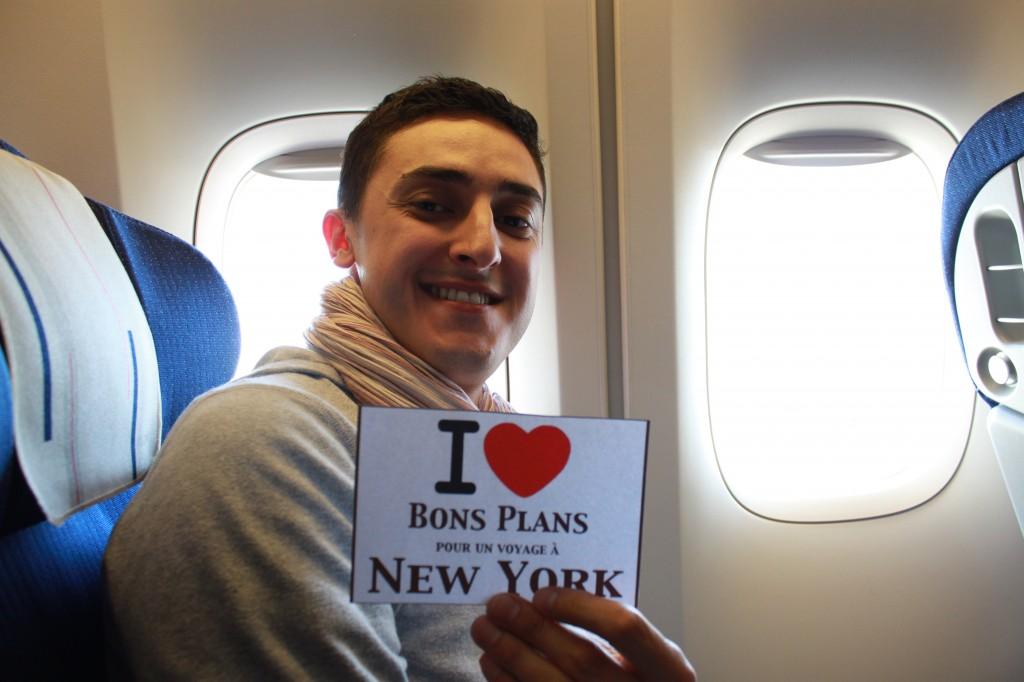 Nicolas dans l'avion - Juin 2011