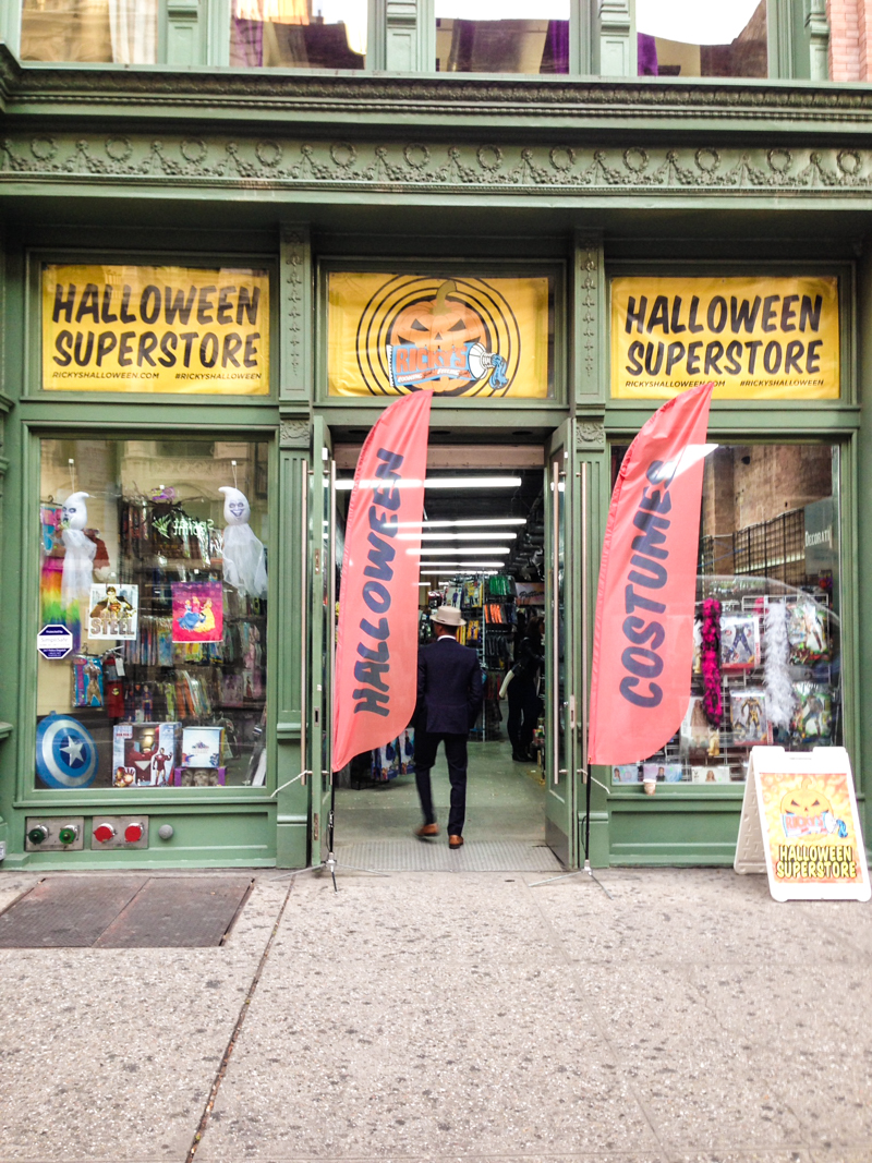 halloween new york 19 - Halloween Store 14th Street Nyc