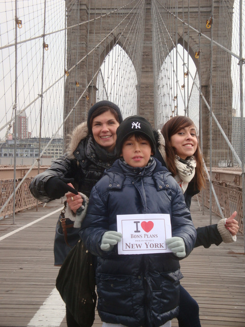 Avril, Sacha et Emmanuelle sur le Brooklyn bridge - Décembre 2012