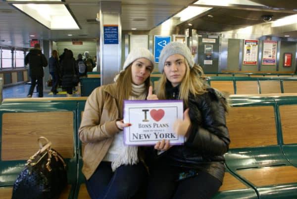 Les deux filles de Coco sur le ferry de Staten Island - Décembre 2012