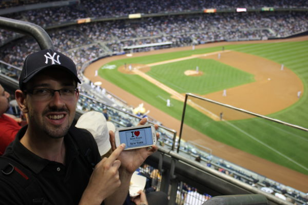 Niko au match de Baseball NY Yankees vs Los Angeles Dodgers au Yankee Stadium - Juin 2013