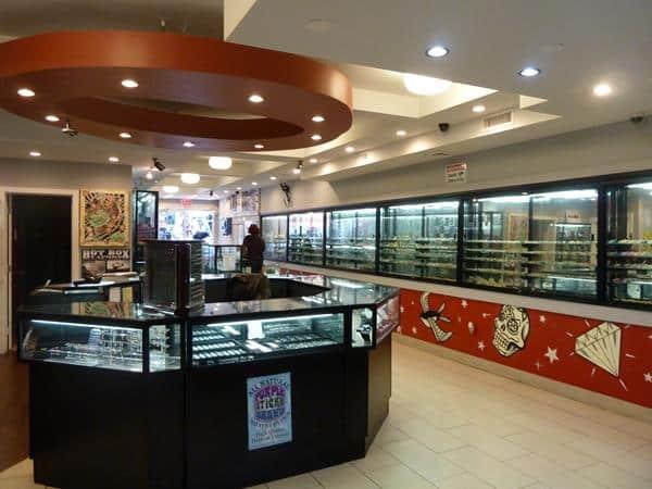 Tatouage voyage new york for Tattoo shops in illinois