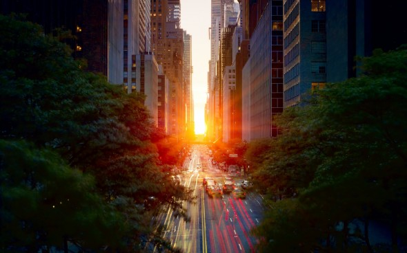 manhattanhenge Tudor City Pl