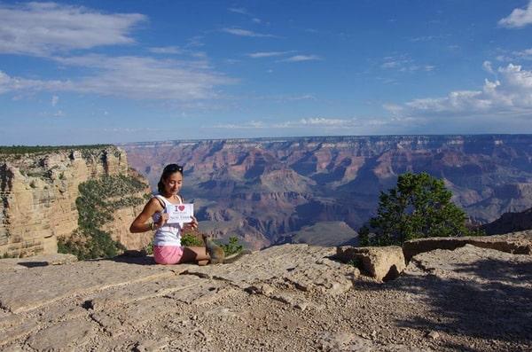 Alizée fait une dédicace à Grand Canyon - Août 2013