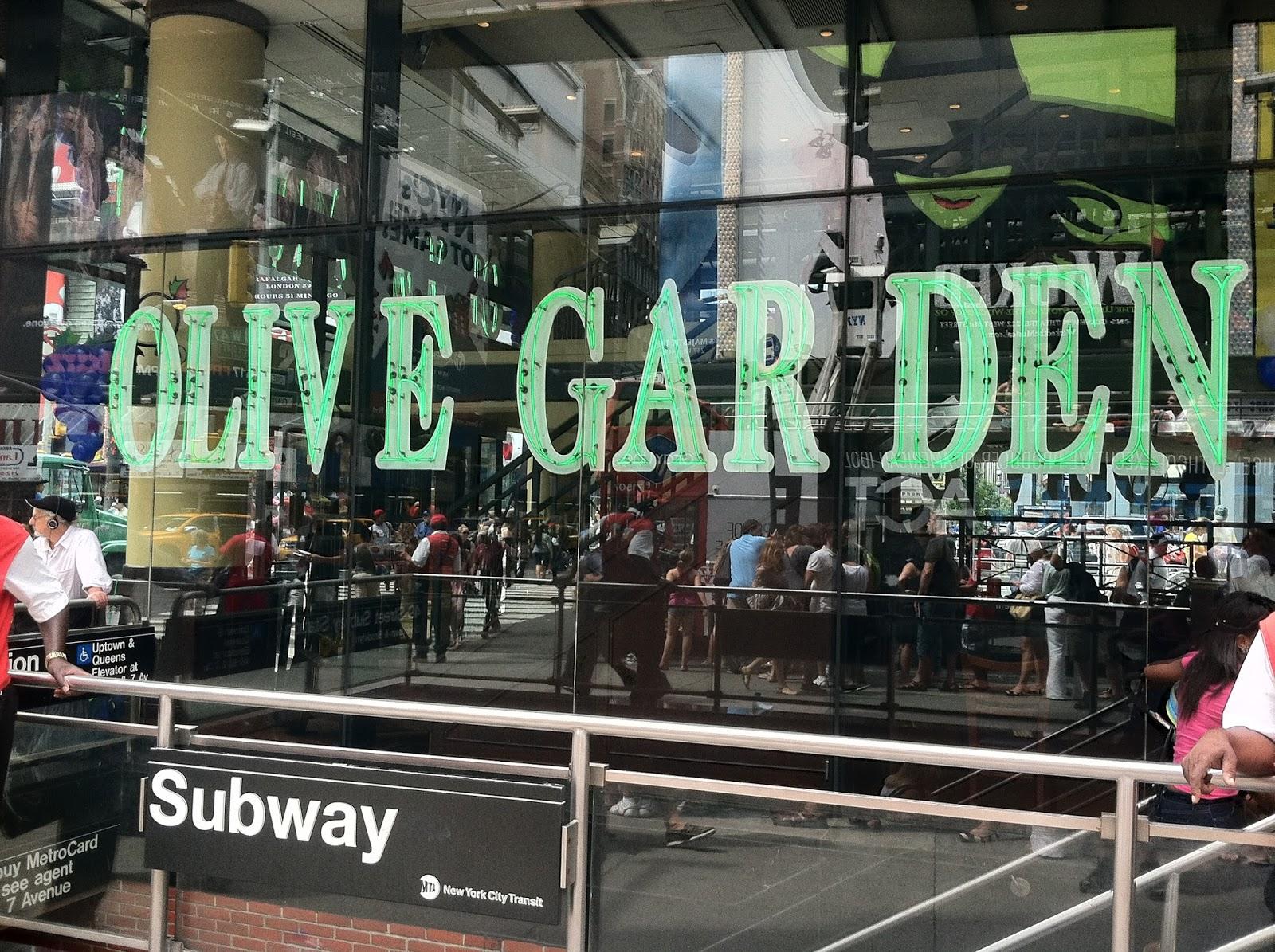 Quels sont les restaurants de times square pour le jour de l 39 an Olive garden italian restaurant new york ny