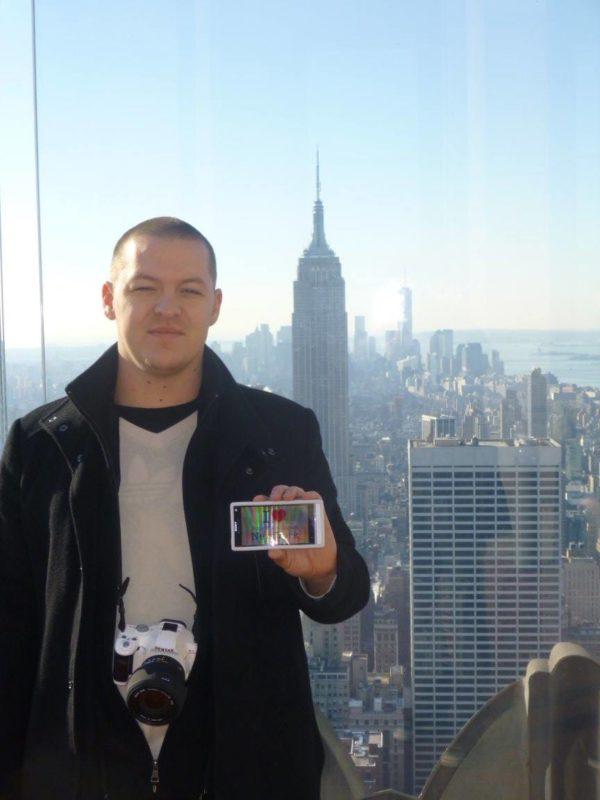 Julien pour une dédicace au Top of the Rock - Décembre 2013