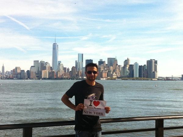 Julien en mode dédicace BPVNY sur Liberty Island - Septembre 2013