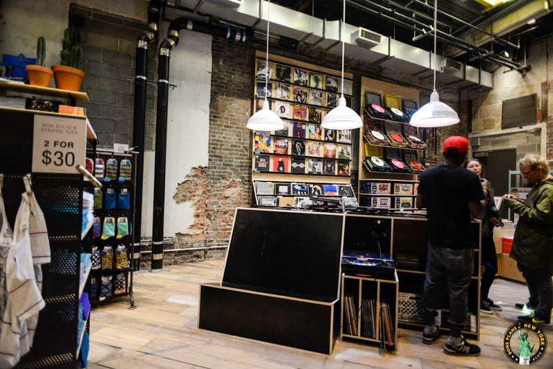 Space ninety 8 le concept store de urban outfitters - Bon de reduction urban outfitters ...