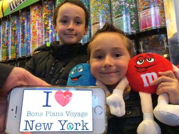 Jolie dédicace des 2 petits bordelais, Maxim et Samuel à la boutique MM'S en Avril 2015 !!!