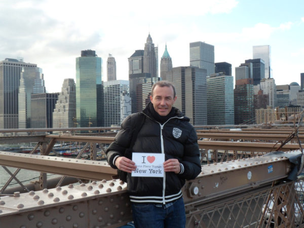 Dédicace de Arnaud du Brooklyn Bridge !