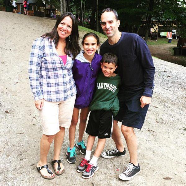 Famille cherche fille au pair