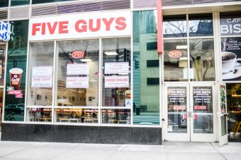 five-guys-restaurant-new-york-22
