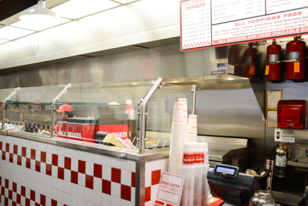 five-guys-restaurant-new-york-4