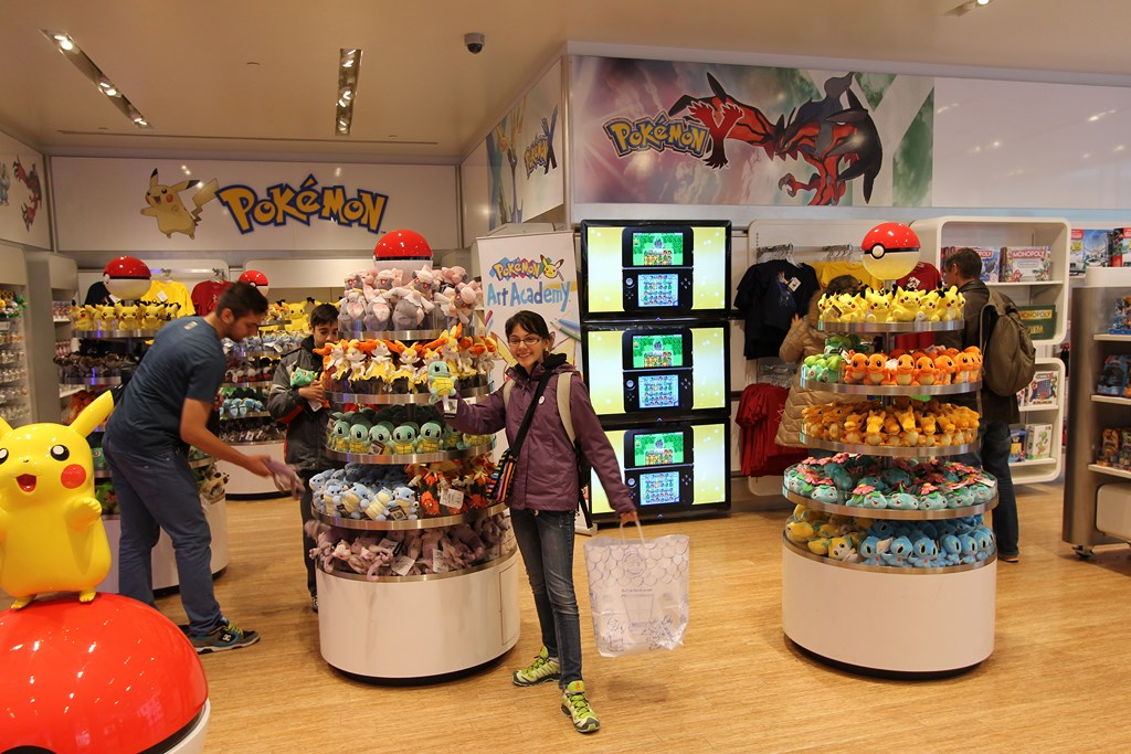 nintendo-world-store-nyc-4
