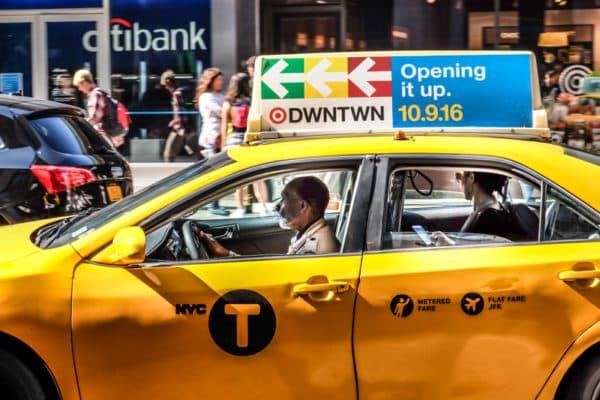 que choisir entre les taxis jaunes et verts et les vtc uber lyft et via new york. Black Bedroom Furniture Sets. Home Design Ideas