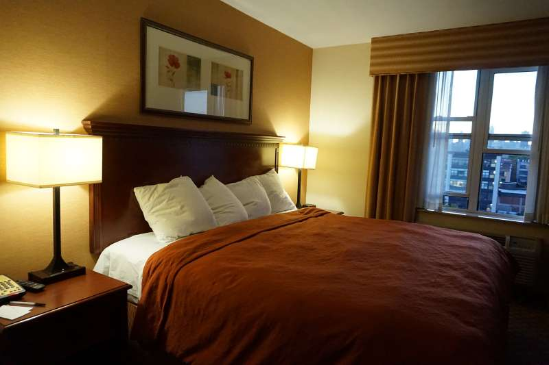 Long Island Country Inn And Suites