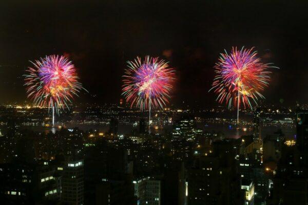 feu-artifice-new-york-4-juillet-2