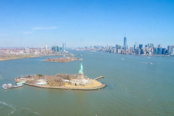 vol helicoptere new york statue de la liberte