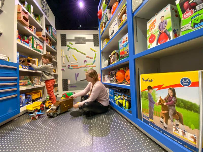 magasin de jouets pour enfants camp marius