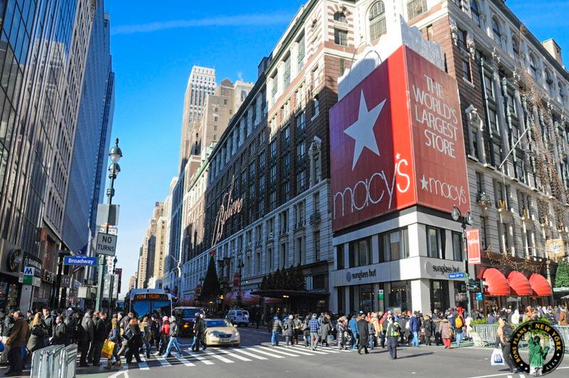 les 7 grands magasins de new york. Black Bedroom Furniture Sets. Home Design Ideas