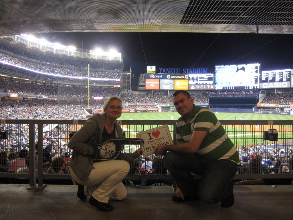 Mylène et Guillaume au Yankee Stadium pour le match NY Yankees vs Blue Jays de Toronto - Septembre 2011