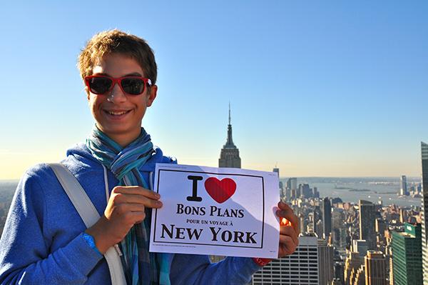 Hugo sur le Top of the Rock avec vue sur l'Empire State Building - Octobre 2011 _ i love bons plans new york