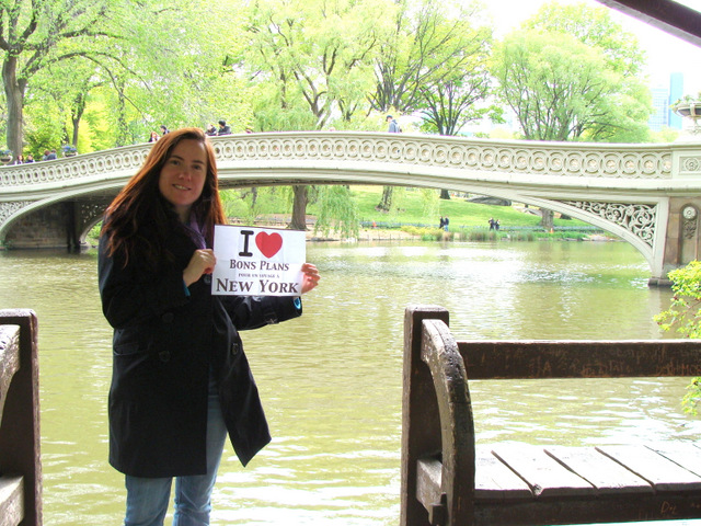 Pierre's wife à Central Park devant Bow Bridge - Mai 2012