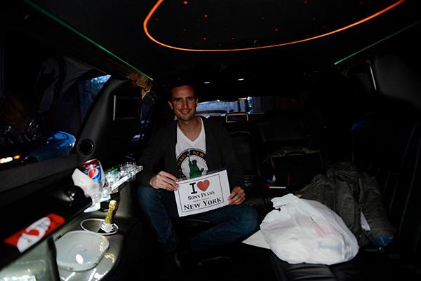 Moi dans la limousine ! - Octobre 2012