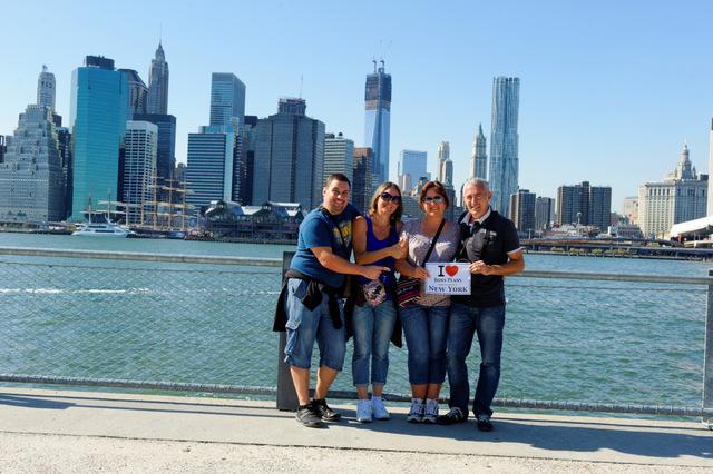 Nicolas, Géraldine, Armelle et Jean-Louis face à Manhattan - Septembre 2012