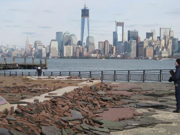 dégats damage liberty island statue de la liberté