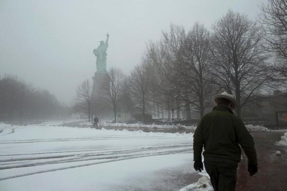 Liberty Island il y a quelques jours sous la neige ... et sans touristes