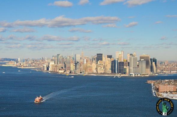 Ferry de Staten Island pris depuis un hélicoptère en Décembre 2009 - Alex les bons plans