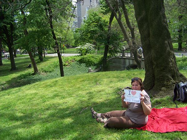 Cathy lors d'un piquenique à Central Park - Mai 2013