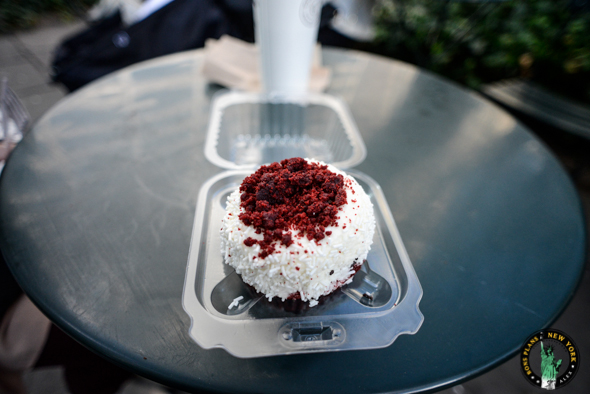 Le Red Velvet de Crumbs Bake Shop