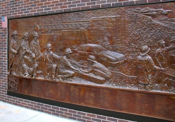 La Fresque souvenir du 11 septembre. - Prise en Mars 2013