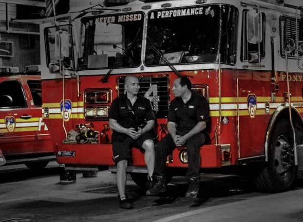 Pause de 2 pompiers - Cédric -Avril 2012