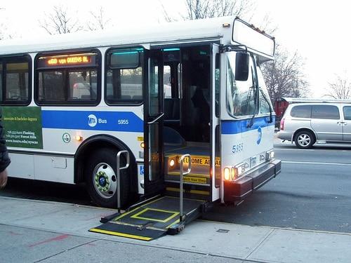 wheelchair-bus