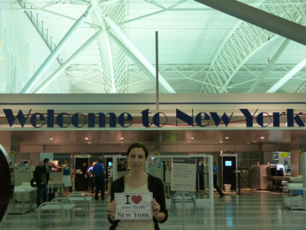 Béa à l'aéroport de New York - Août 2012