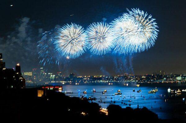 fireworks-nyc_&