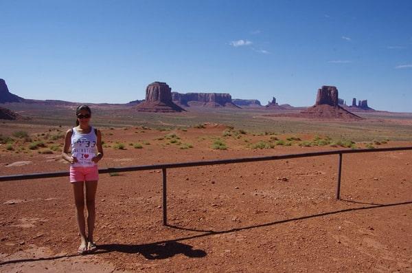 Une de mes anciennes élèves, Alizée fait une dédicace à Monument Valley - Août 2013