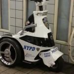 Petite machine des NYPD - Coralie Clara - Août 2013