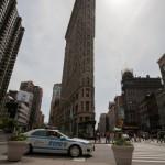 Le Flatiron Building et une voiture du NYPD - Elodie (Mai 2013)