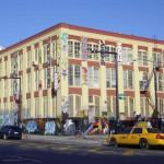 5 pointz façade et taxi jaune - Avril 2012 - Marie-Pierre