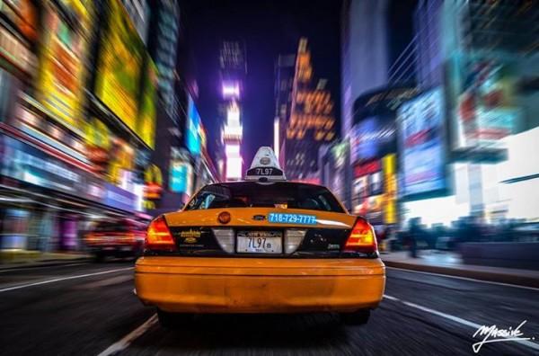 sebastien-massive-photography-taxi-times-square