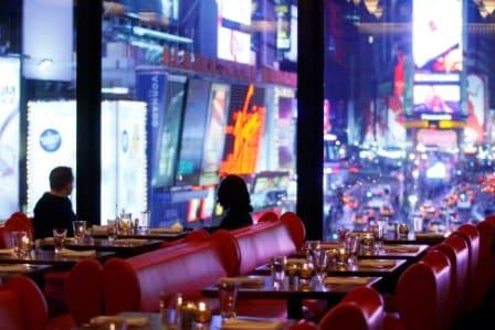 Idee Pour Passer Le Reveillon Du Jour De L An.Quels Sont Les Restaurants De Times Square Pour Le Jour De L
