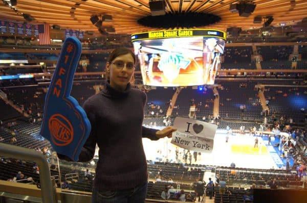 Valerie au Madison Square Garden lors de la rencontre des NY Knicks vs Charlotte Bobcats du 5 Novembre 2013